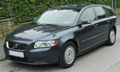 volvo ltd volvo v50 1 6d drive technical details history photos on