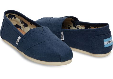 toms shoes navy canvas s classics toms 174