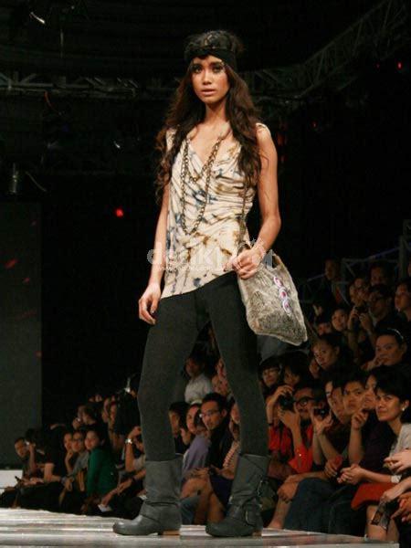 Sepatu Wanita Cewek Sandal Tali Gladiator Mm03 6 cara berpakaian cewek tapitidak disukai cowok unique