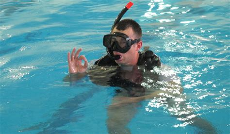 dive school a day in the of an army dive school recruit