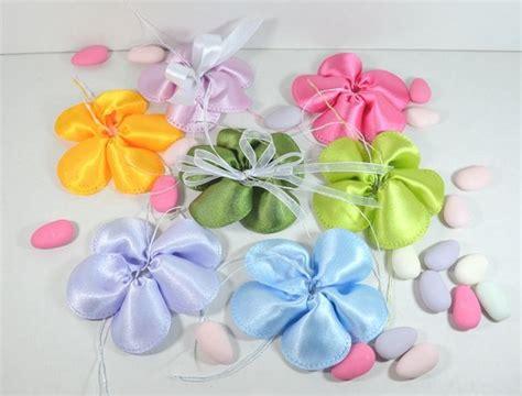 fiore portaconfetti portaconfetti a fiore di raso tanti colori disponibili