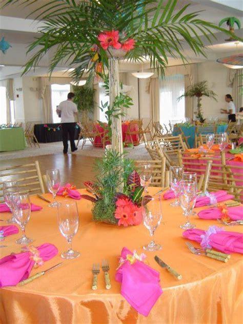 Hawaiian Table Decorations Ideas by Best 25 Luau Centerpieces Ideas On Hawiian