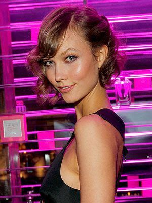 victoria secret model with short hair on the side and the back but long hair on the top 72 best short wedged bob hair haircuts images on pinterest