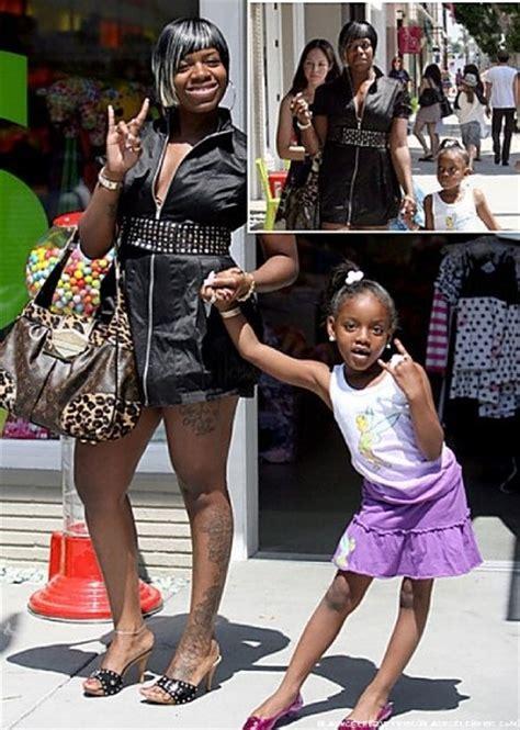 celebrity commodity definition 394 best images about celebrity moms on pinterest tina