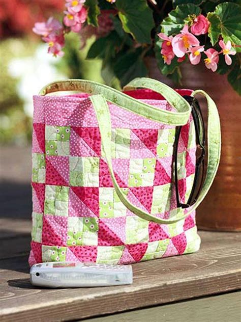 Free Patchwork Patterns For Bags - sweet tote for easy days quilting digest