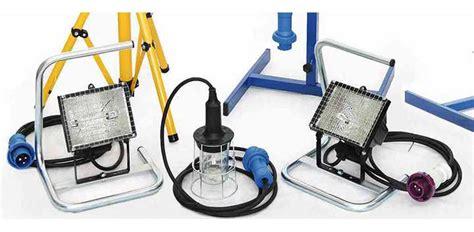 apparecchi illuminazione forniture elettriche rivendita materiale elettrico