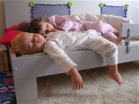 toddler won t go to bed what to do when your kids won t go to bed advice for