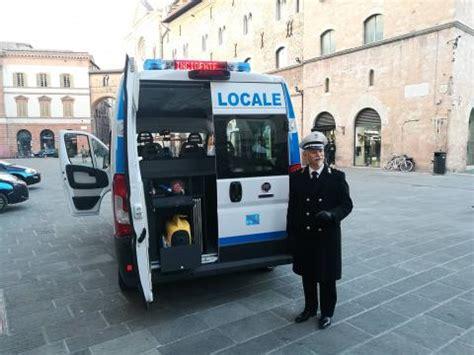 ufficio vigili urbani foligno arriva l ufficio mobile della polizia municipale