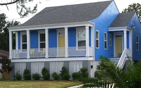new orleans house paint colors periwinkle blue white and yellow lakeview creole cottage
