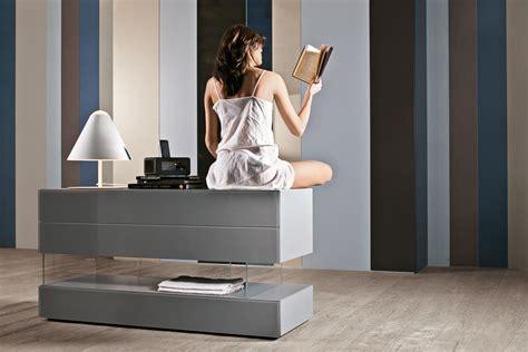 comodini lago camere da letto moderne e mobili design per la zona notte