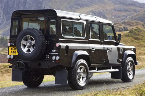 land rover defender 110 svx photo 2 2948