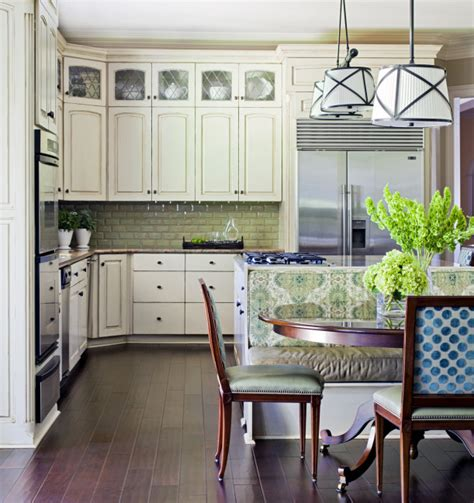 tori spelling s family room makeover hooked on houses tobi fairley gives a family kitchen a facelift hooked on