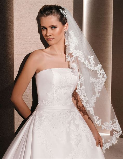 Wedding Hair Fingertip Veil by Ivory Fingertip Length Bridal Veil Single Tier Lace Edging