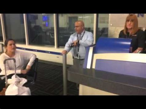 united airlines service desk bad united airlines customer service videos