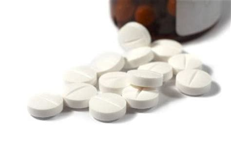 Pil Vitamin B12 vitamin b deficiency lovetoknow