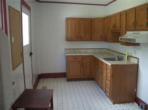 empty kitchen empty kitchen image 500x375 pixels