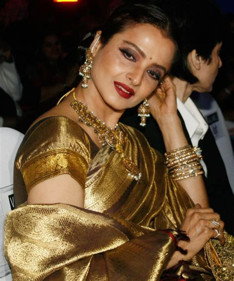 film actor rekha age actress rekha to receive lifetime achievement award at