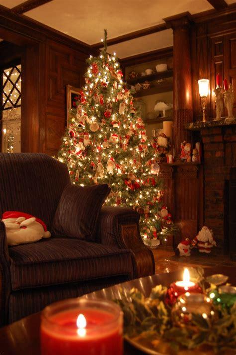 albero di natale in casa albero di natale dentro casa festivita sfondi per