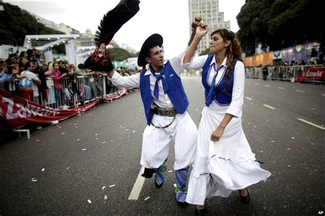 argentina traditional dress costumes www imgkid com