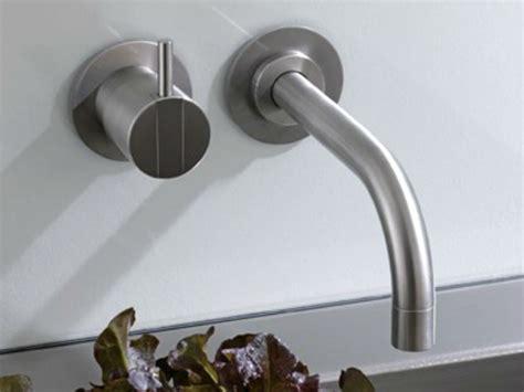 rubinetti vola miscelatore per lavabo a muro 111 miscelatore per lavabo