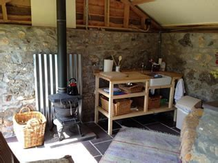 Stone Hut : Unusual Places to Stay in Wales : Abergele