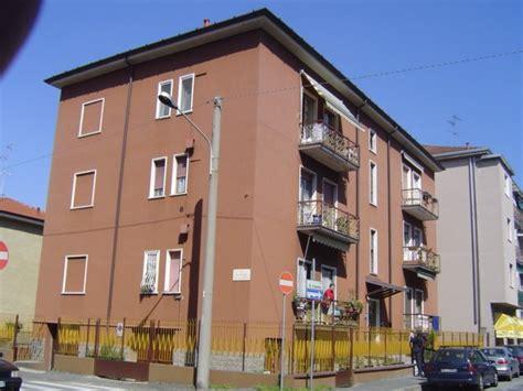 ufficio postale cinisello balsamo vendita garage posto auto via oliviero limonta 74