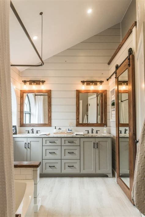 Modern Bathroom Decoration by 17 Best Ideas About Modern Farmhouse Bathroom On