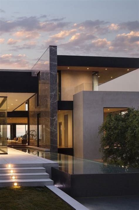 modern house entrance 25 best ideas about modern house exteriors on pinterest