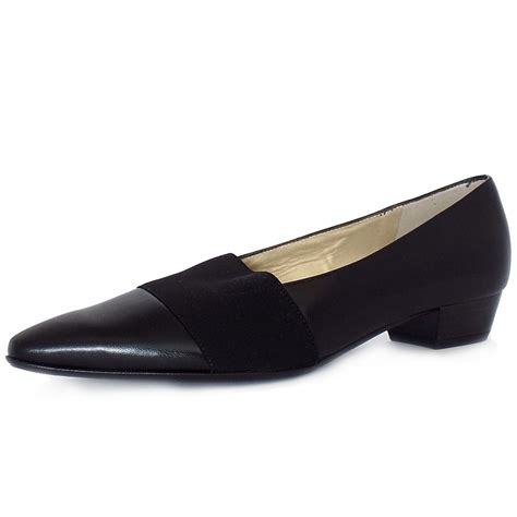 best flat shoes for kaiser lagos pointed toe low heel shoes in black