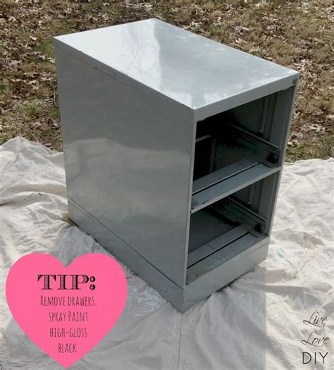 Chalk Paint On Metal Filing Cabinet How To Spray Paint A File Cabinet And The Occasional Ceramic Duck Diy Decor Pinterest