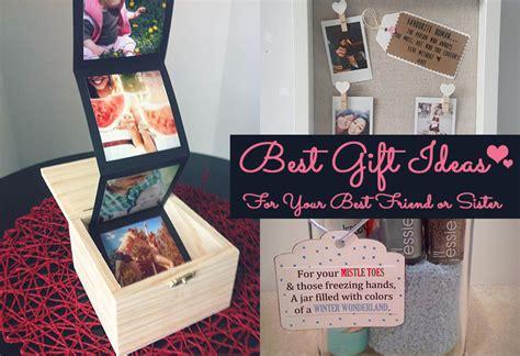 fabulous gift ideas  put  smile   bffs