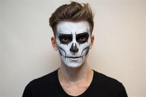 halloween face painting skeleton