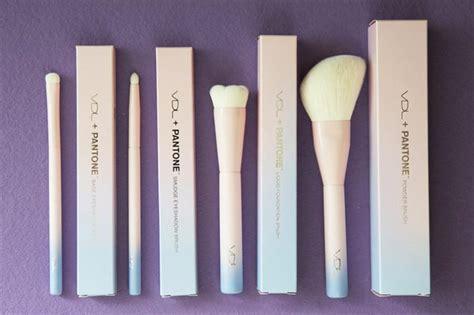 Make Up Vdl original vdl pantone brushes powder foundation smudge eyeshadow brush box package makeup
