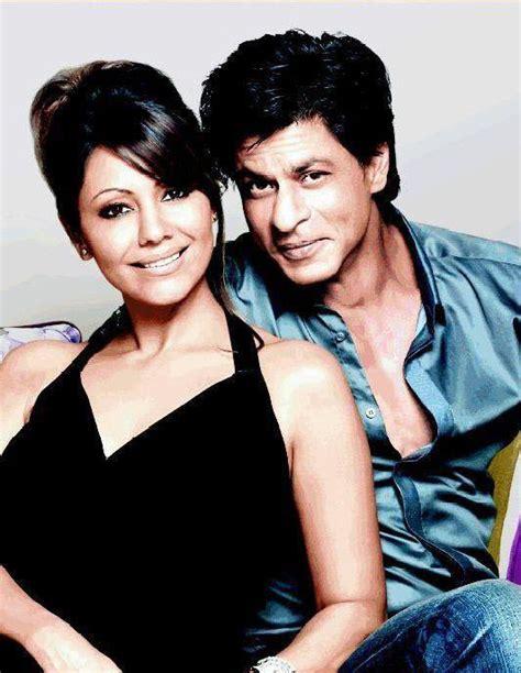 Sweet Pic: Shahrukh with Gauri
