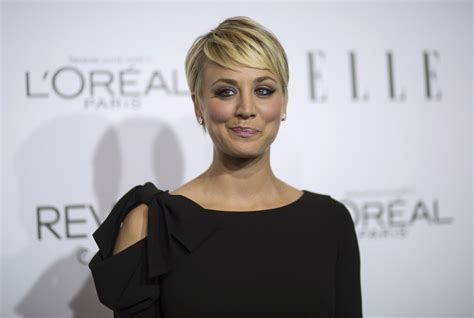 penny cut her hair big bang theory actress kaley cuoco sweeting to sport