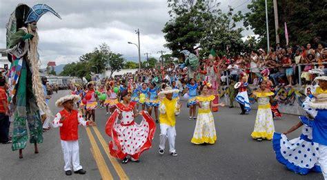 Congé Carnaval 2018 Avances Rumb 243 N Mayor En Carnaval Infantil De Santiago