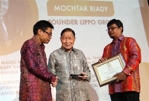 ahok vs lippo group lippo group founder mochtar riady receives lifetime