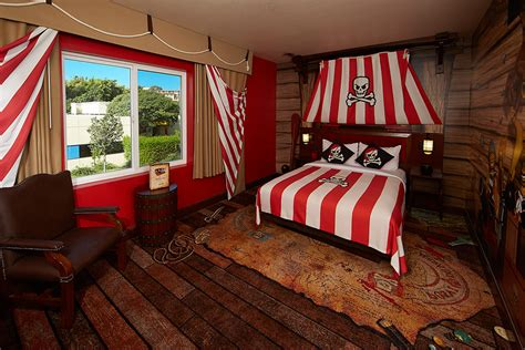 themed hotels kids want to stay here best themed hotel rooms in the us