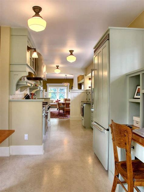 37 Examples Of Galley Kitchen Lighting That Looks Very