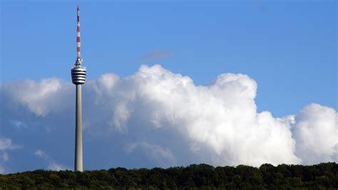 fernsehturm stuttgart dossier zum fernsehturm ein herausragendes bauwerk