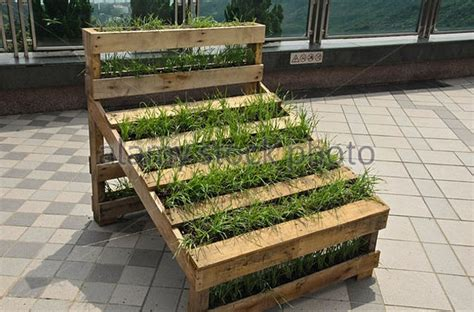 Garden Decoration With Pallets by Pallet Garden Decorations Pallet Ideas Recycled