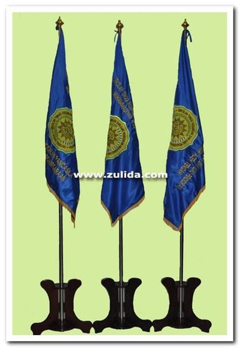 Tiang Bendera Pataka 3 Kaki jual bendera pataka tiang harga murah medan oleh ud