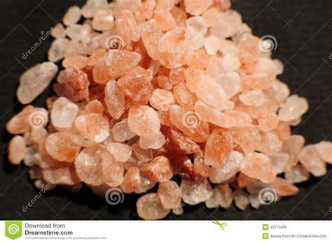 dark red himalayan salt l himalayan pink salt stock photo image of pink close