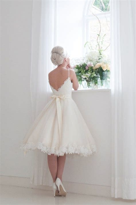 25  best ideas about 50s Wedding Dresses on Pinterest