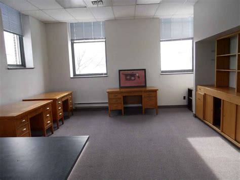 office furniture rental for your new business solution