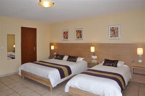 chambre d h e ile d ol駻on chambre et studio 3 personnes confort hotel oleron