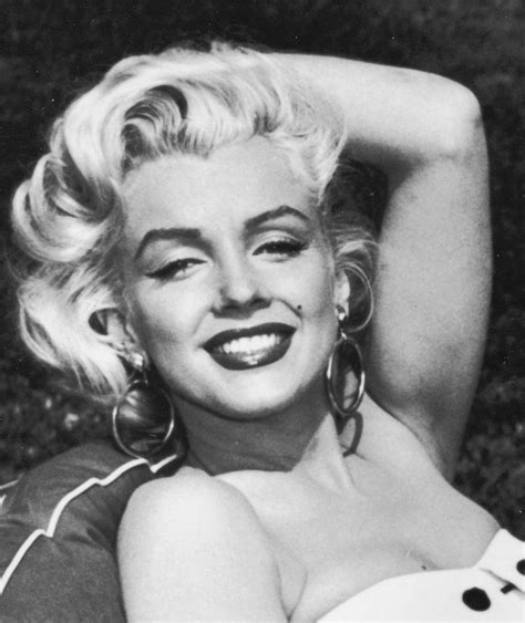 marilyn monroe black and white marilyn monroe black and white photography www pixshark