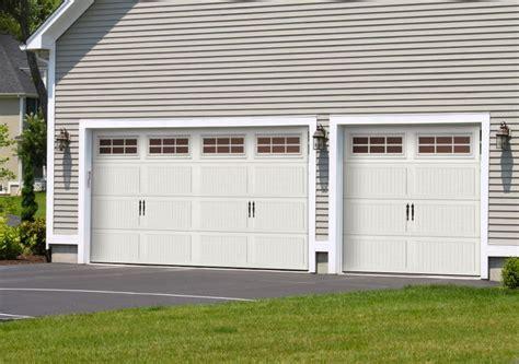 Garage Door Visualizer 1000 Ideas About Garage Door Manufacturers On