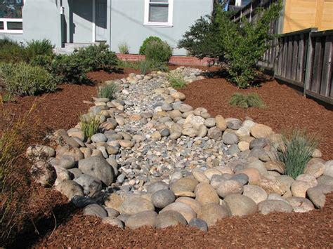 dry creek bed landscaping ideas 1000 images about dry creek bed on pinterest dry creek