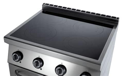 cucine in vetroceramica cucina vetroceramica 4 zone su forno statico elettrico